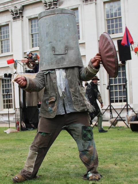 Sir Wallop, in full Beast Fighting regalia
