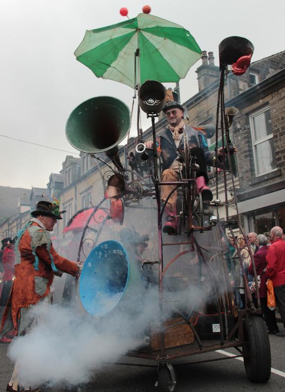 Hurly Burly at Marsden Jazz Festival Parade 2015