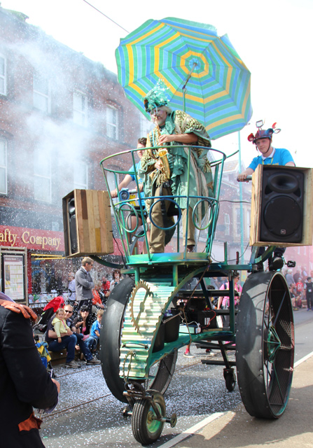 Tim Hill plays on top of revamped Boneshaker @ Spare Parts Parade, Tram Sunday, Fleetwood 2016